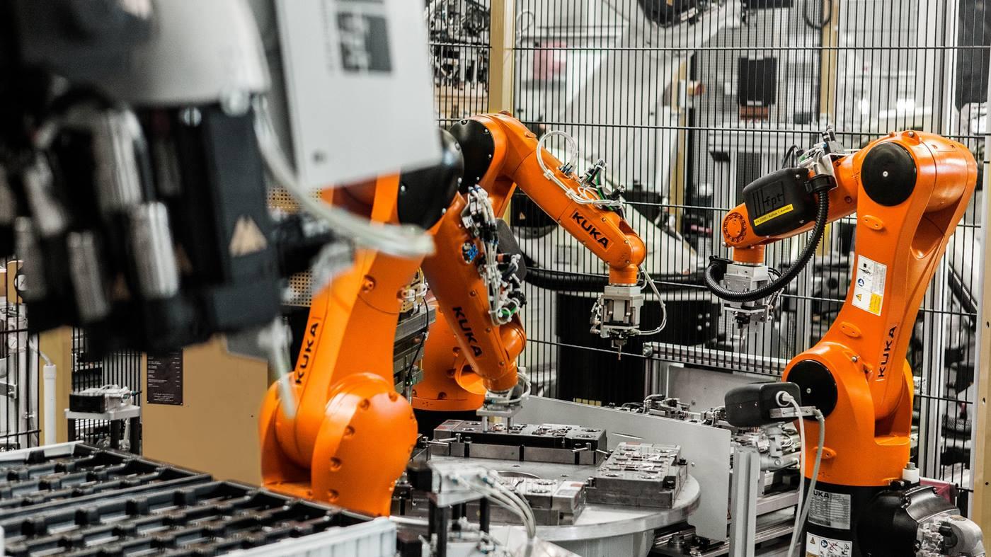 KUKA-robots-Possehl-Electronics